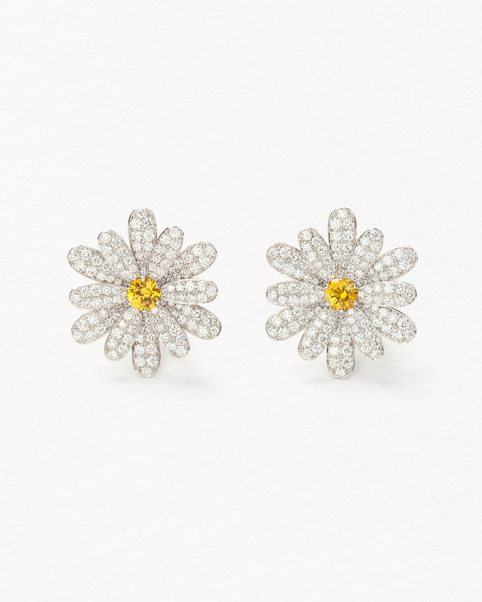 Flower Poiray earring